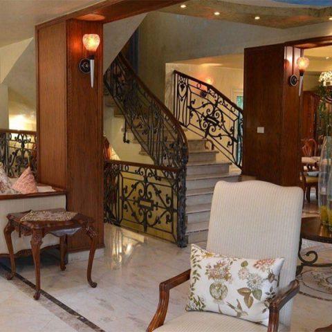 ABD ElRAHMAN ElOGIEL <br>Villa 2004