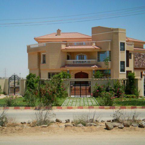 AMR ELMADNY <br> Villa 6 October
